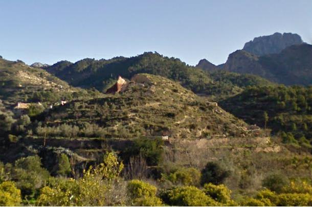 La cova del Teular en l'actualitat, enfonsada durant 2007